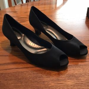 Navy Blue Peep-toe Pumps Size 11